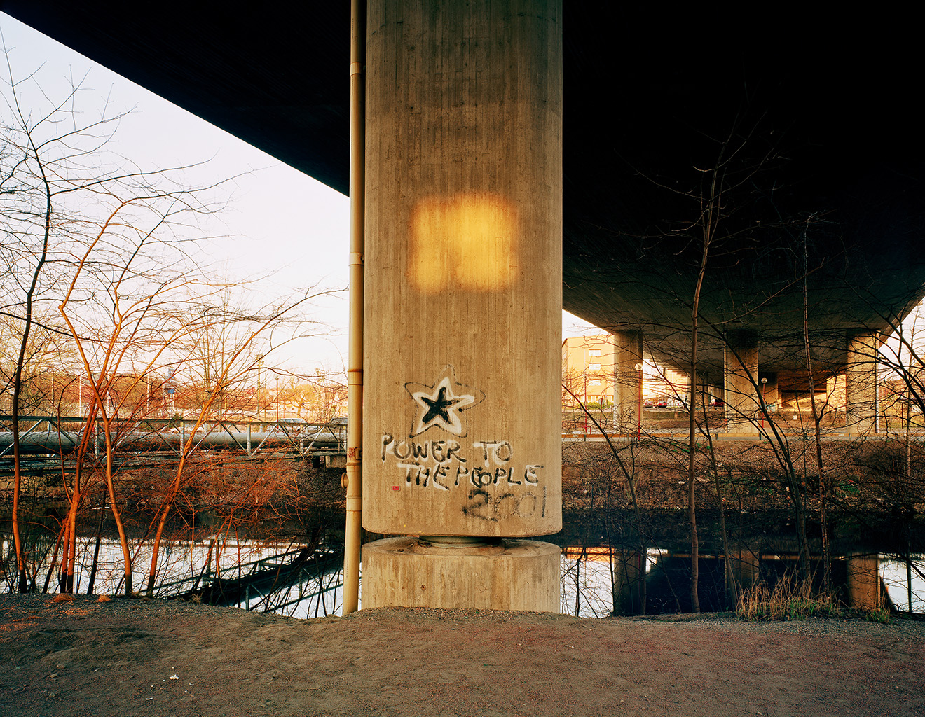 King's bridge, 16 April 2003